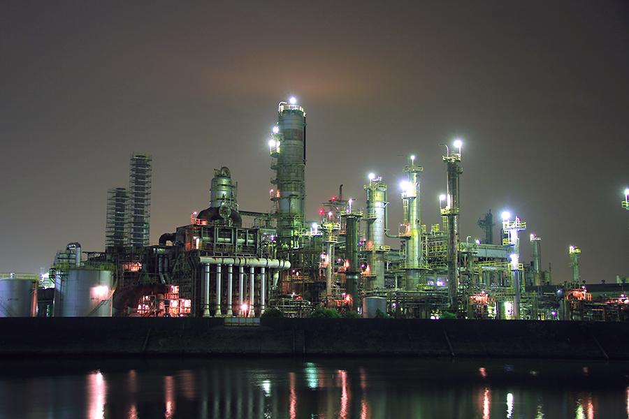 コスモ石油四日市製油所